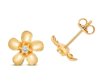 9ct YellowGold 0.05ct HSi Diamond Daisy 8mm Stud Earrings - Real 9K Gold
