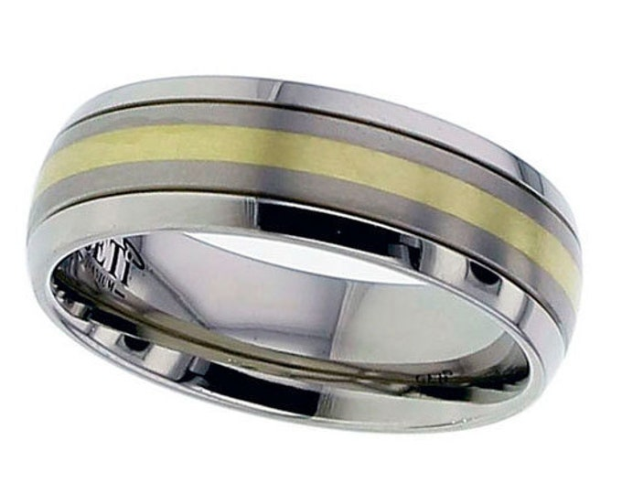 Titanium Court Shaped 7mm Wedding Ring With 18ct Yellow Gold Stripe - SIZE U