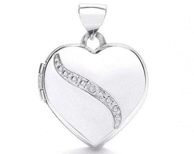 Small 9ct White Gold Heart Shaped 2 Photo Locket Set With Single Diamond Hallmarked - Real 9K Gold