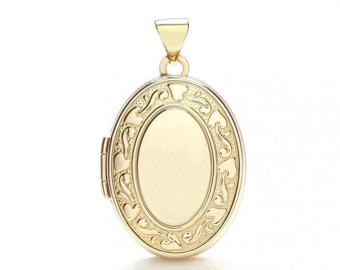 9ct Yellow Gold 2 Photo Oval Shaped Locket With Ivy Wreath Embossed Design