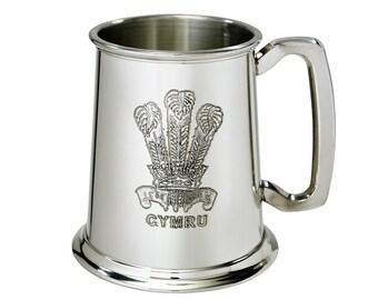 Personalised CYMRU Princes of Wales Feathers 1 Pint Pewter Tankard - Engraved Message