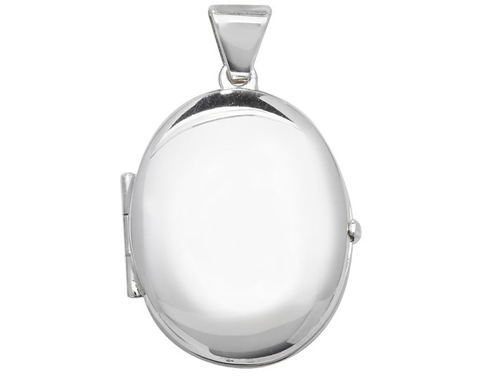 925 Sterling Silver 20x15mm Oval Shaped Plain 2 Photo Locket