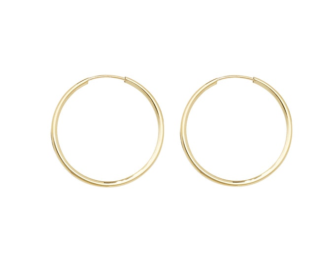 Small 9ct Yellow Gold 10mm Diameter Sleeper Hoop Earrings