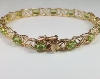 10k gold peridot link bracelet