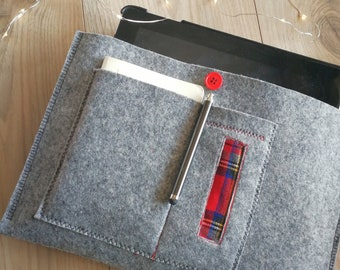 Felt for iPad protective case with Tartan Compartments CarryIng Objects