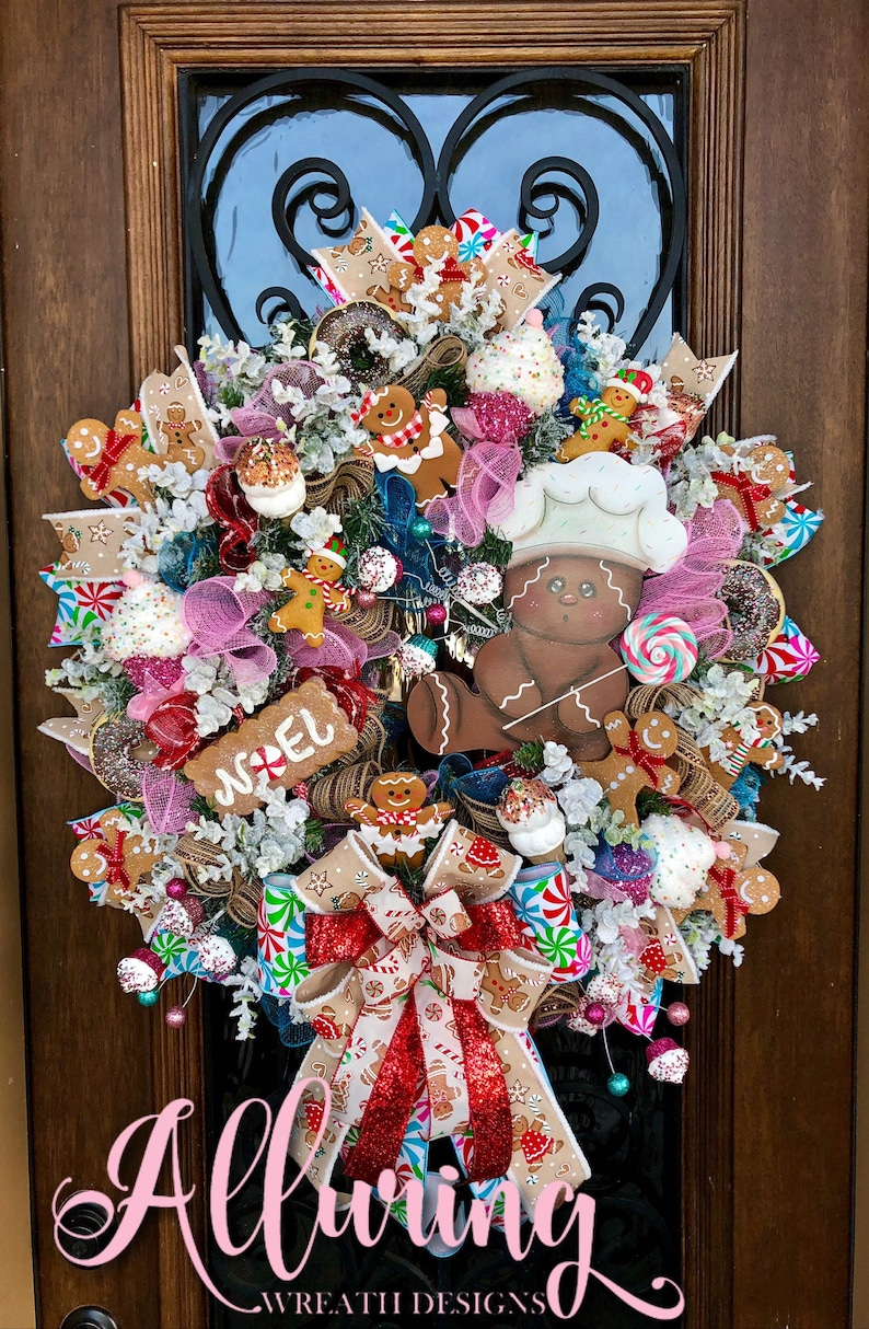 Christmas Gingerbread Man Candy Wreath image 0