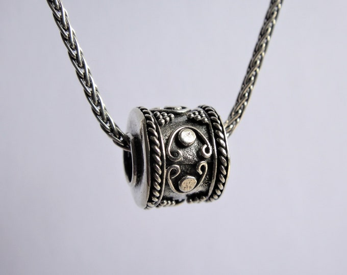 Mens pendant made of sterling silver ethnic pattern / Sterling silver pendant oxidized silver chain for men tribal for him oxidized chain