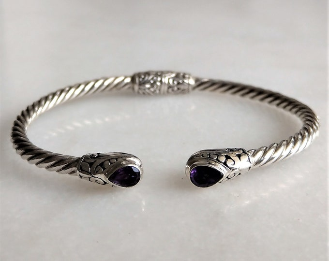Gorgeous sterling silver bracelet for women with amethyst gemstone / Améthyst bracelet cuff bracelet twisted womens bracelet bangle bracelet
