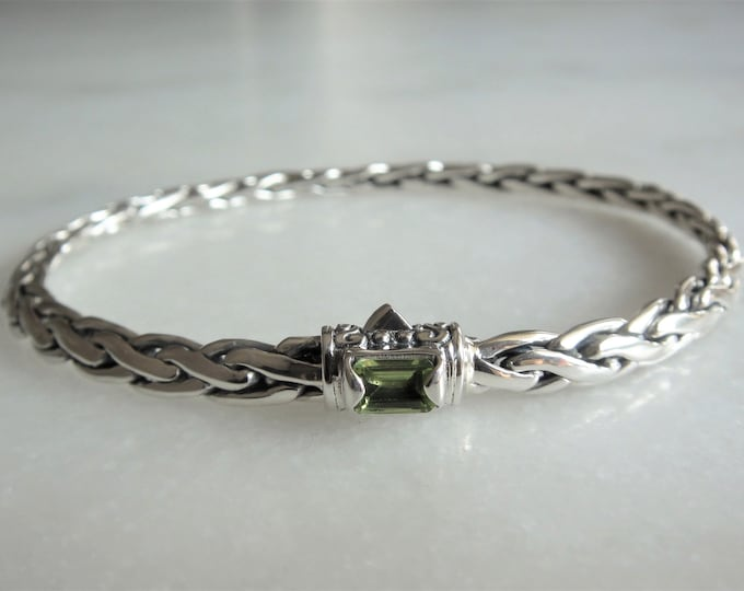 Gorgeous mens bracelet sterling silver elegant palm chain set with beautiful green peridot / 925 silver bracelet for men handmade jewel