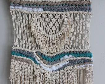 BEACH PEBBLE Macrame Wall Hanging