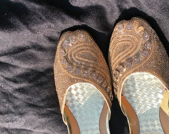 Pakistani Traditional khussa/ jhottis/ indian shoes/ embroidered shoes