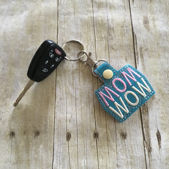 Gold Plated #1 MOM Carabiner Key Chain Ring// Mother/'s Day Gift Stocking Stuffer