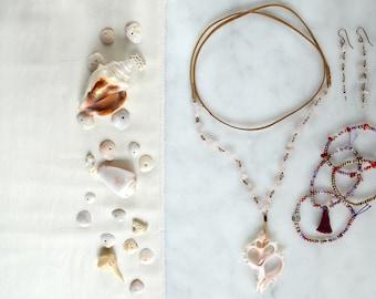 Rose Quartz Set / Shell Necklace / Rose Quartz / Wrap Necklace / Rose Quartz Earrings / Bohemian Quartz Jewelry / Gifts for Her / Seashell