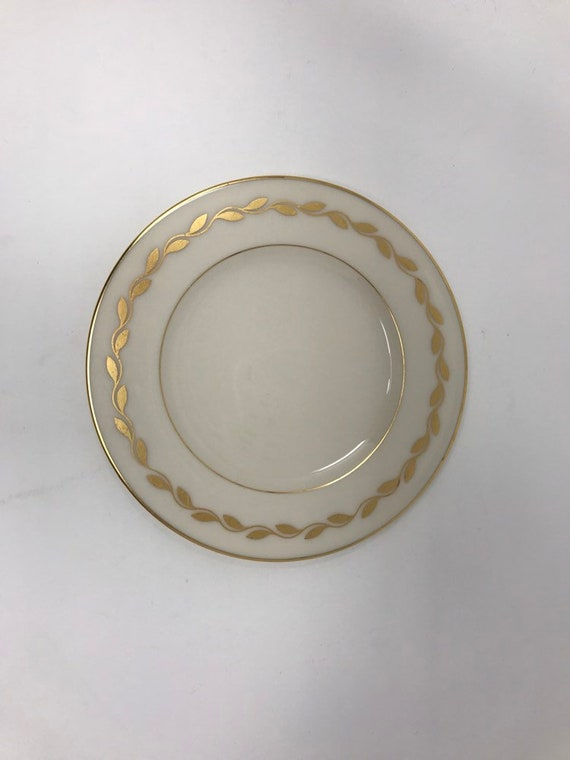 Lenox China Dinner Plate Golden Wreath 0-313