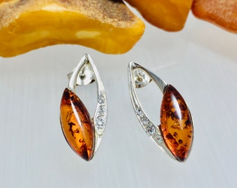 Stud Baltic Amber Earrings,Round Amber Earrings,Amber and Silver Jewelry,Bernstein Stud Earrings,Small Amber Earrings,Bernstein Jewelry,Gift