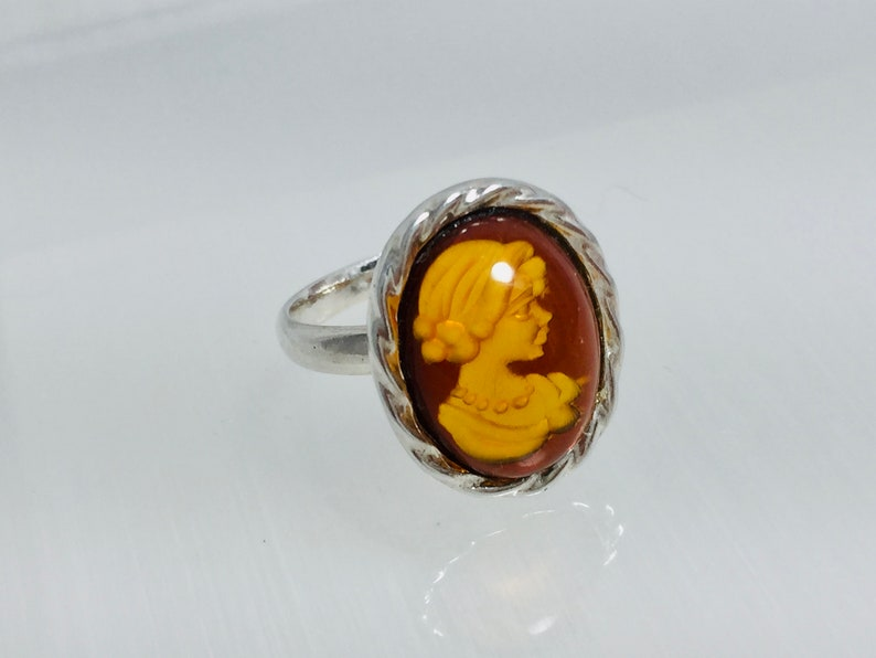 Women Bernstein Cameo,Hand Carved Amber Ring,Amber and Silver Jewelry Stylish Amber Jewelry Amber Cameo Ring,Woman Cameo Ring Amber Gift