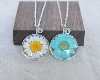 Daisy necklace,real flower necklace,initial necklace,girlfriend necklace