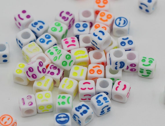 100 White /& Coloured Mixed Numbers Cube Beads 6mm For Jewellery BUY 3 FOR 2