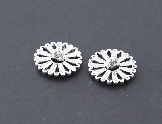 5 or 10 Silver Tibetan Flower Buttons in Zinc Metal Shank in Pack Sizes of 2