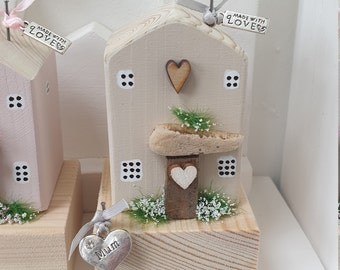 Sand Cottage with Mum charm .. ready to dispatch ref 7