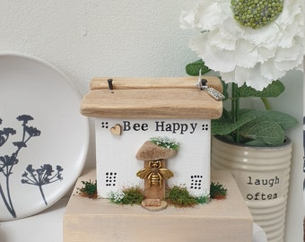 Bee Happy Cottage .. Handmade Driftwood Cottage .. Little Quirky Lane