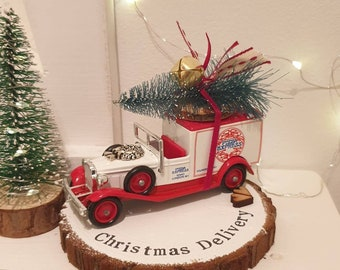 Pizza Express Christmas Red Vintage delivery Truck ..Personalised Snowy Log Slice