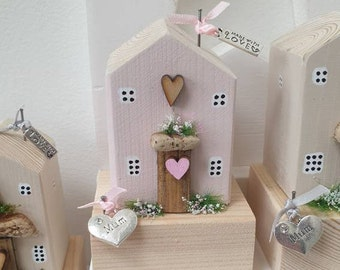 Rose Cottage with Mum charm .. ready to dispatch ref 6