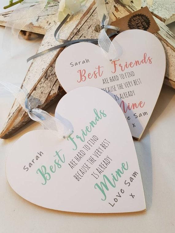 Best friend gift keepsake personalised plaque heart good friends hard to find