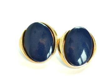 Blue Oval Earrings / Clip On Earrings / 80s Earrings / Something Blue / Gift for Her / Gift for Mum / Gift for Mom / Vintage Earrings