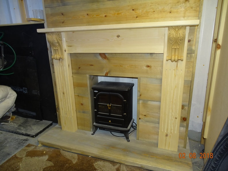 PINE FANCY MANTLE FIREPLACE FIRE SURROUND CARVED CORBELS   free postage