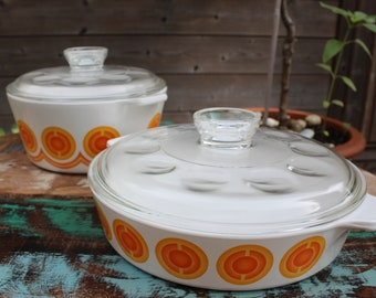 Set of vintage oven dishes / casseroles made by PYROFLAM Holland