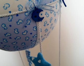 Stitchable-Balloon blue and white with stars in pannolenci