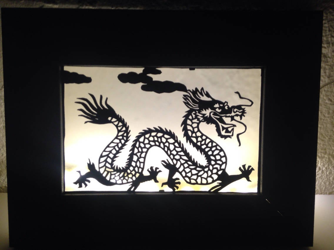 cadre lumineux style kirigami motif dragon clairage led etsy. Black Bedroom Furniture Sets. Home Design Ideas