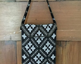 Black / White / Old Bronze antique beaded bag/ sovereign purse