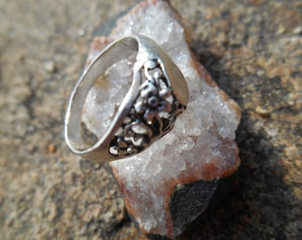 Old silver filigree ring.Sterling Silver Ring USSR.