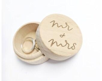 Mr & Mrs Mr and Mr ring box Engagement keepsake Ring Box Wooden Circular Box Wedding Ring Box Ring Holder Wedding Ring Holder
