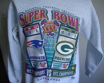 c3032043d0a6a6 Vintage 90's NFL Super Bowl XXXI New England Patriots V Green Bay Packers  Football 1997 Crew Neck Sweatshirt Size M