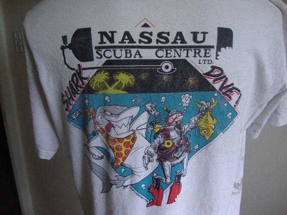 Vintage 90's Nassau Scuba Centre Drive Team White
