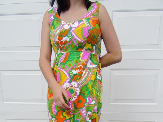 Vintage 60's Mayi Dress Pop Color Pattern - image 1