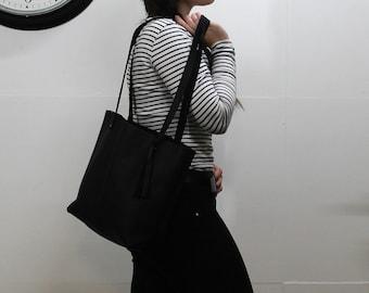 Black leather Tote Bag Handmade Vuzzi Leather