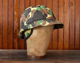4f659d3b4db Duxbak Duck Camo Medium Bucket Hat W  Ear Flaps Thinsulate Hunting Cap  Men s Vintage Made In USA