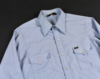 c374223a13 70s Lee Large Western Chambray Work Shirt Pearl Snap Rancher Cowboy Men s  Vintage Made In USA
