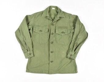 9d67bae4eff Vietnam Era Small Fatigue OG 107 Shirt Green Sateen Cotton Men s Vintage 60s