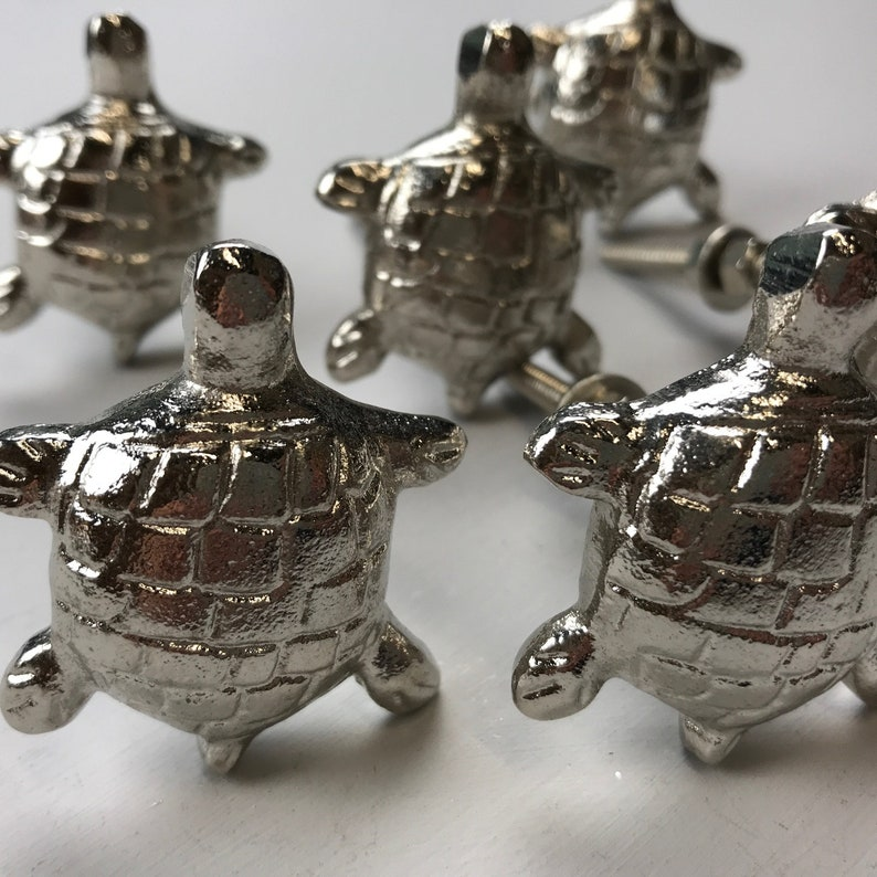 8 x Gorgeous SILVER TurtleTortoise Metal Knobs Drawer Door