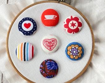 Fabric Covered Button Needle Minder