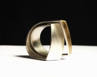 Ring made of silver and gold