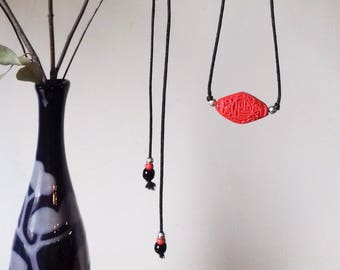 China necklace resin & 925 sterling silver