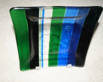 Fused glass square plate