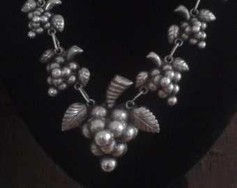 Vintage hand crafted silver necklace