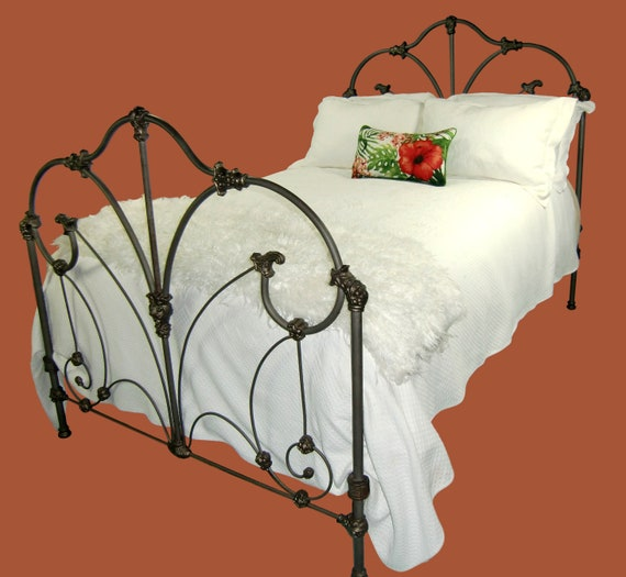Full Antique Cast Iron Bed Frame Antique Wrought Iron Bed Etsy